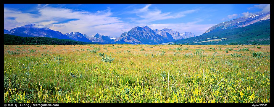Prairie and mountains. Glacier National Park (color)