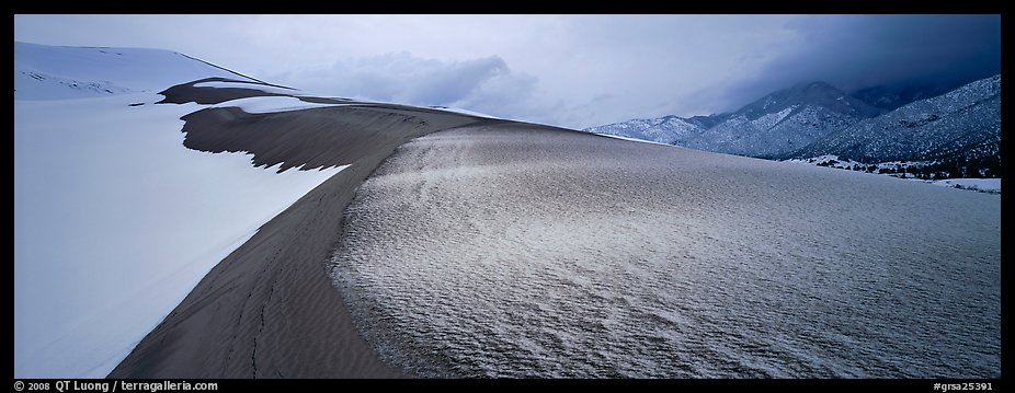 Sand dune scenery in winter. Great Sand Dunes National Park and Preserve (color)
