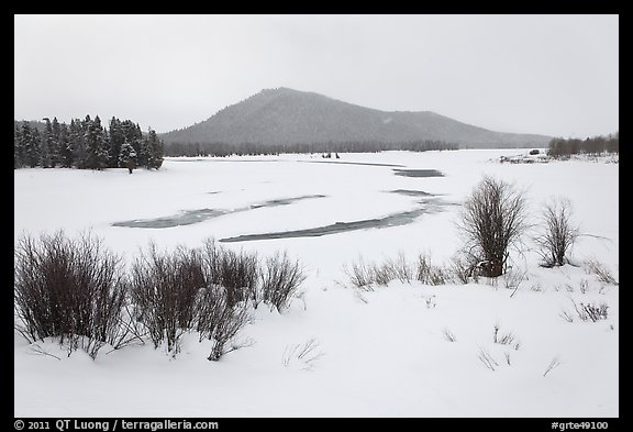 Oxbow Bend in winter. Grand Teton National Park (color)