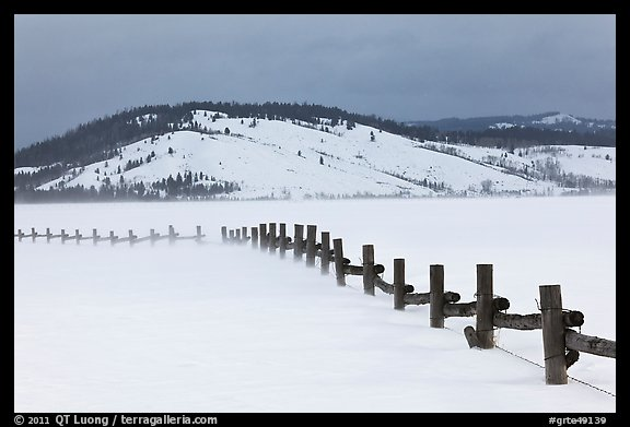 Fence, snowdrift and Ulh Hill. Grand Teton National Park (color)