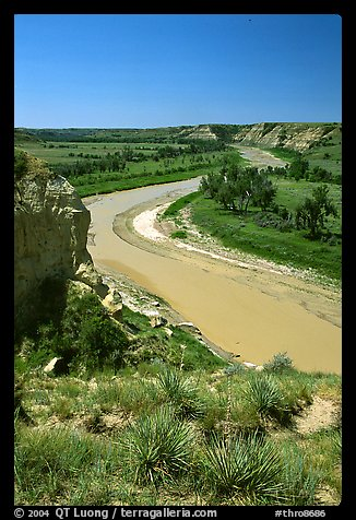 Little Missouri River. Theodore Roosevelt National Park (color)