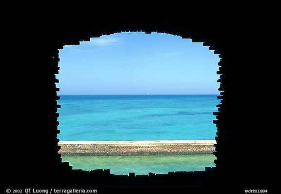 Turquoise waters framed by a cannon embrasure in Fort Jefferson. Dry Tortugas National Park (color)