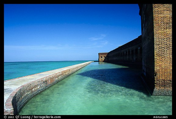 Fort Jefferson moat and seawall. Dry Tortugas National Park (color)