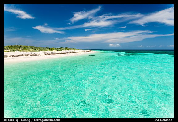 Clear turquoise waters and beach, Loggerhead Key. Dry Tortugas National Park (color)