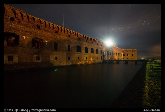 Fort Jefferson at night with Harbor Light. Dry Tortugas National Park (color)