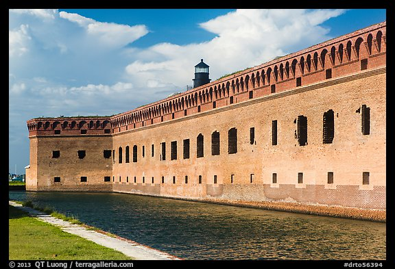 Moat, wall, and Harbor Light. Dry Tortugas National Park (color)