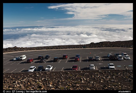 Parking lot, Halekala Crater summit. Haleakala National Park (color)