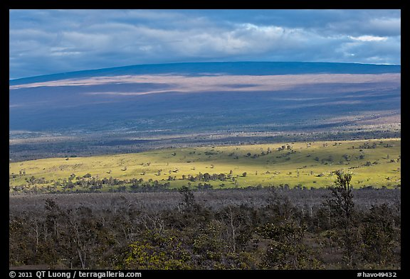 Layered landscape, Mauna Loa. Hawaii Volcanoes National Park (color)