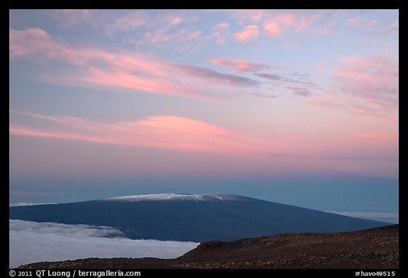 Mauna Loa at dawn. Hawaii Volcanoes National Park (color)