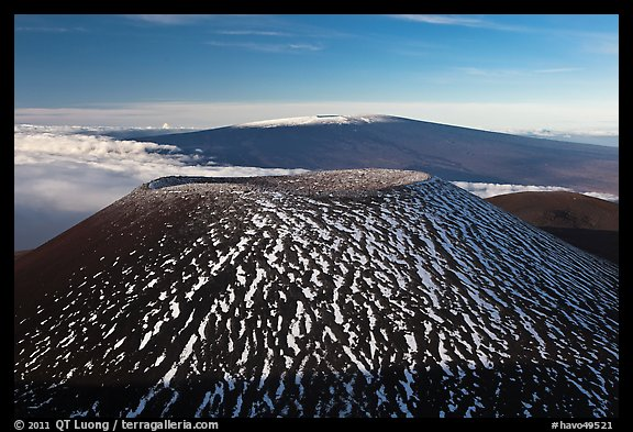 Cinder cone and Mauna Loa. Hawaii Volcanoes National Park (color)