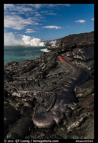 New coastal lava flow. Hawaii Volcanoes National Park (color)