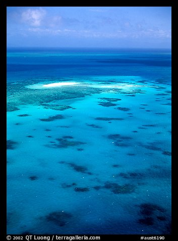 Turquoise waters. The Great Barrier Reef, Queensland, Australia (color)