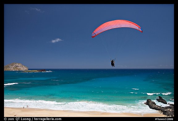 Paragliding above Makapuu Beach. Oahu island, Hawaii, USA (color)