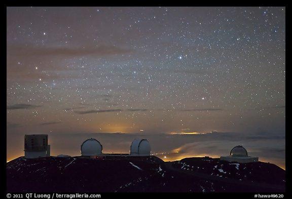 Picture/Photo: Mauna Kea observatories at night. Mauna Kea ...