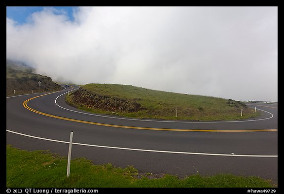 Hairpin bend. Maui, Hawaii, USA (color)