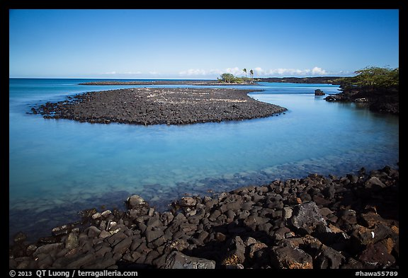 Kiholo Bay. Big Island, Hawaii, USA (color)