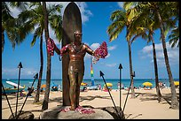 Duke Kahanamoku surfer statue and Waikiki Beach. Waikiki, Honolulu, Oahu island, Hawaii, USA ( color)