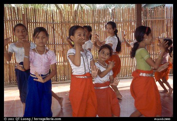 Girls phnom penh Girl Friendly