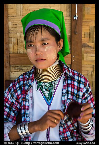 Kayan woman of the Padaung tribe wearing brass neck coils. Inle Lake, Myanmar (color)