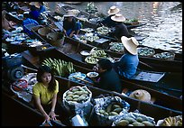 Fruit sellers, floating market. Damonoen Saduak, Thailand (color)