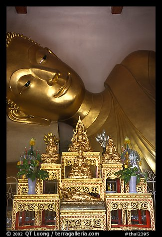 Head of reclining buddha, Phra Pathom Wat. Nakhon Pathom, Thailand (color)