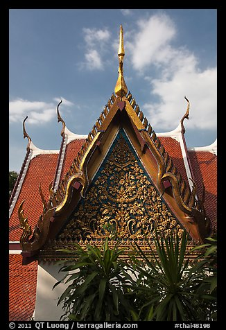 Gilded temple roof, Phu Kaho Thong. Bangkok, Thailand (color)