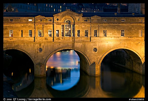 Palladian-style  Pulteney Bridge at night. Bath, Somerset, England, United Kingdom (color)
