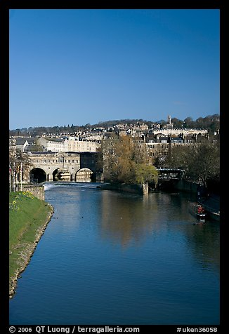 Avon River  and Pulteney Bridge, morning. Bath, Somerset, England, United Kingdom (color)