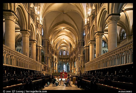 Quire of Canterbury Cathedral, the longest of any English Cathedral, and musicans. Canterbury,  Kent, England, United Kingdom