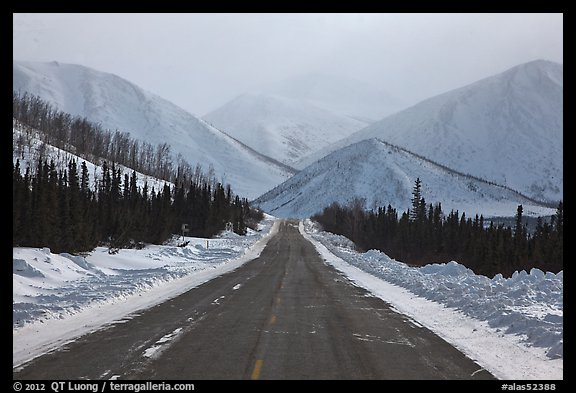 picture  photo  north slope haul road  alaska  usa
