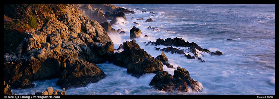 Rocky seashore, Garapata. Big Sur, California, USA (color)
