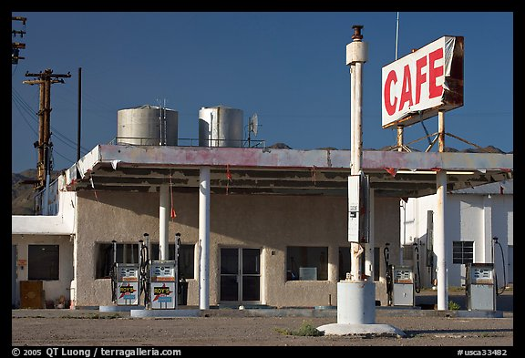 Roys Cafe and gas station, Amboy. California, USA (color)