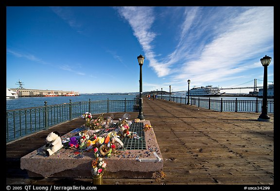 Makeshift memorial on pier seven. San Francisco, California, USA (color)