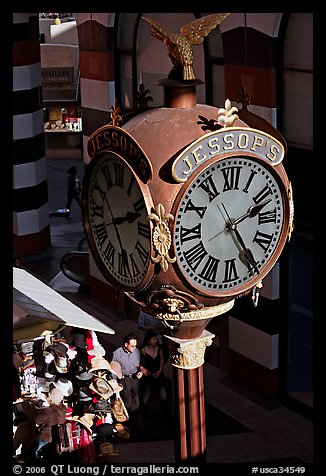 Jessops clock, called the finest street clock in the US. San Diego, California, USA