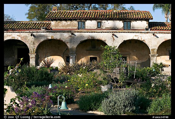 Garden and south wing arches. San Juan Capistrano, Orange County, California, USA (color)
