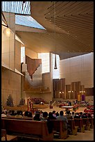Sunday mass in the Cathedral of our Lady of the Angels. Los Angeles, California, USA ( color)
