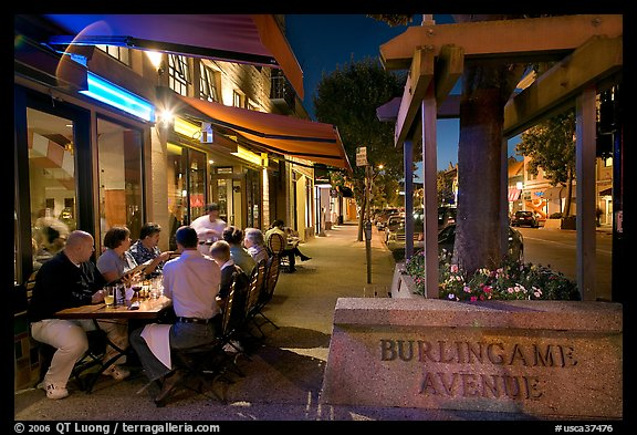 Outdoor dining on Burlingame Avenue. Burlingame,  California, USA (color)
