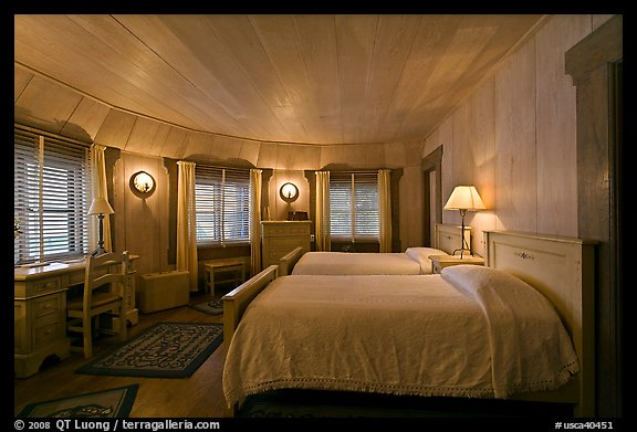 Picture Photo Bedroom Vikingsholm Castle South Lake