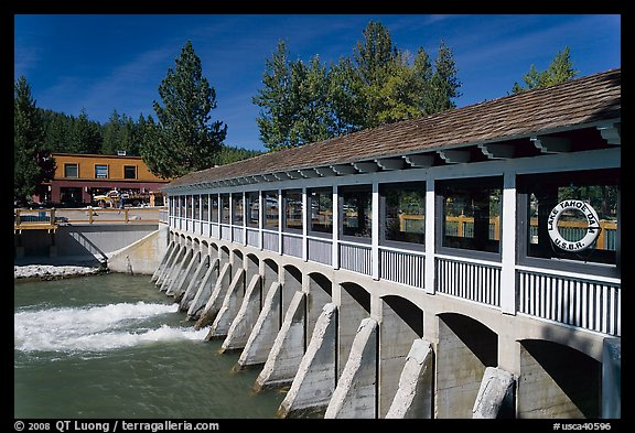 Lake Tahoe Dam at the outlet of Lake Tahoe, the source of the Truckee River, California. USA (color)