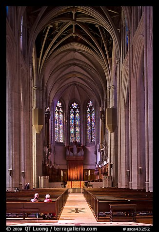 Nave, Grace Cathedral. San Francisco, California, USA (color)