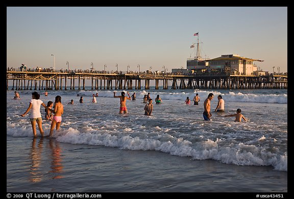 Beach shore and Santa Monica Pier, late afternoon. Santa Monica, Los Angeles, California, USA (color)