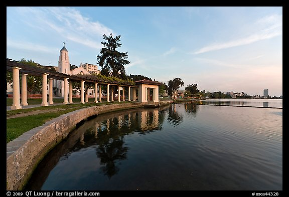 Colonades,  Lake Meritt. Oakland, California, USA
