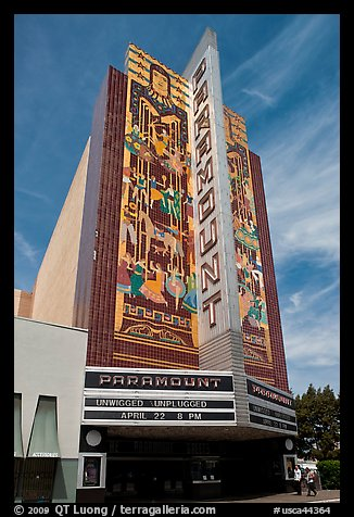 Paramount Theater. Oakland, California, USA (color)