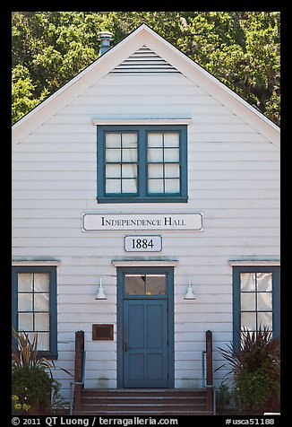 Independence Hall 1884. Woodside,  California, USA (color)