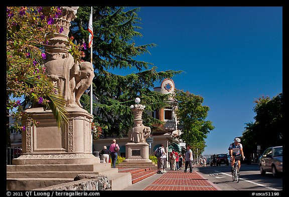Main street and park, Sausalito. California, USA (color)