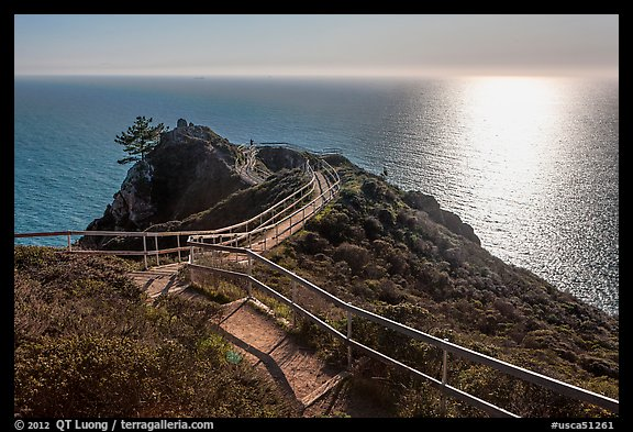 Overlook over Pacific Ocean, late afternoon. California, USA