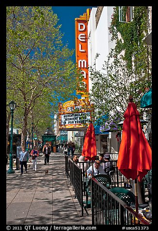 Outdoor tables and theater on Pacific Avenue. Santa Cruz, California, USA (color)