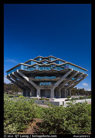 Geisel Library designed by William Pereira, University of California. La Jolla, San Diego, California, USA (color)