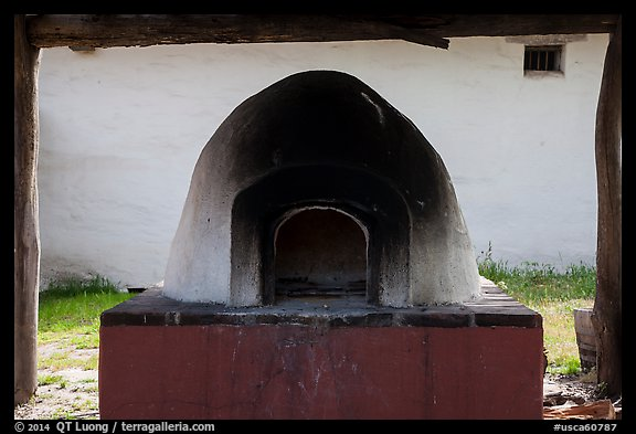 Oven, La Purísima Mission. Lompoc, California, USA (color)