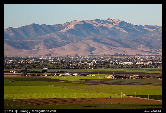 Agricultural lands and Salinas Valley. California, USA (color)